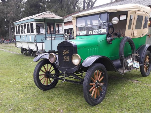 Ford, 1924